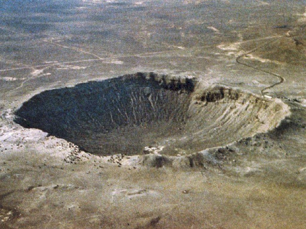 http://laps.fri.uni-lj.si/~duke/HPpictures/crater.jpg